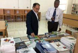 AAU Enriches Its Library with the Latest Educational Books